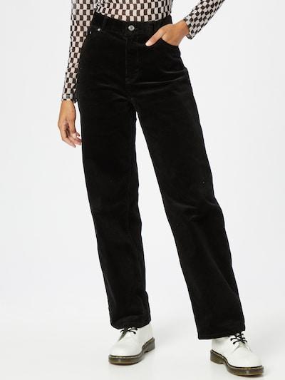 WEEKDAY Παντελόνι σε μαύρο, Άποψη μοντέλου