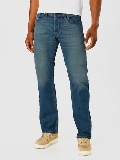 DIESEL Jean 'Larkee-X' en bleu denim, Vue avec modèle