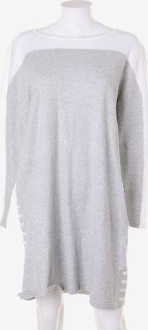 ESISTO Dress in XXL in Grey