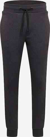 Pantaloni sport de la 4F pe gri