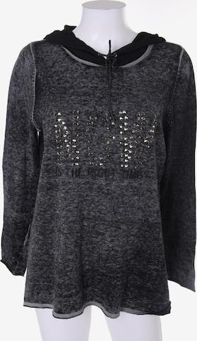 monari Sweater & Cardigan in M-L in Grey