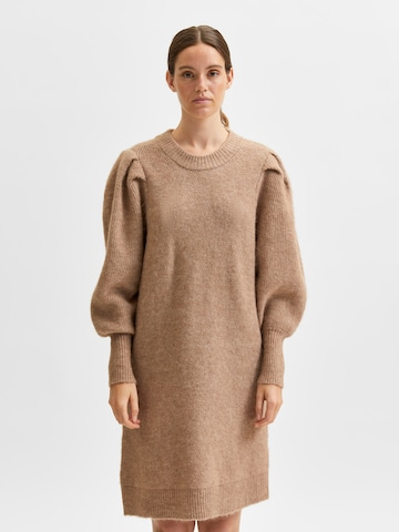 SELECTED FEMME Gebreide jurk 'Linna-Mia' in Bruin