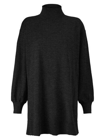 Masai Trui in de kleur Zwart, Productweergave