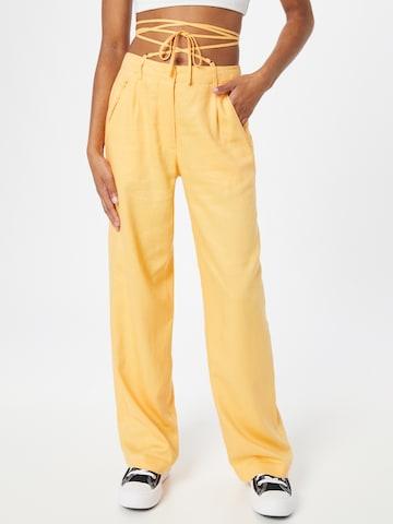 Pantaloni con pieghe di Pimkie in arancione