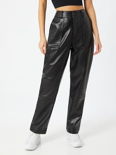 Kelnės 'Utility' iš Unique21 , spalva - juoda, Modelio vaizdas
