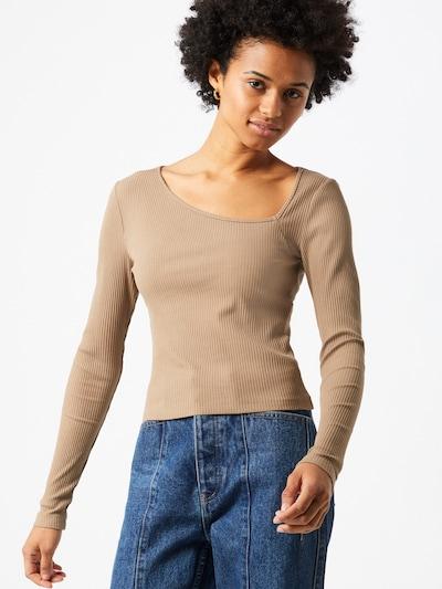 Marškinėliai 'Hailey' iš Gina Tricot , spalva - rusvai pilka, Modelio vaizdas