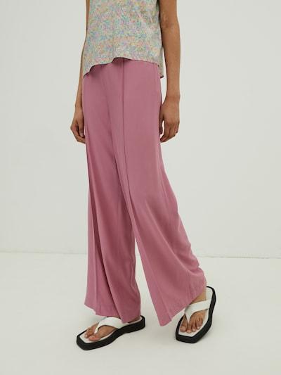 EDITED Kalhoty s puky 'Victoria' - růže, Model/ka