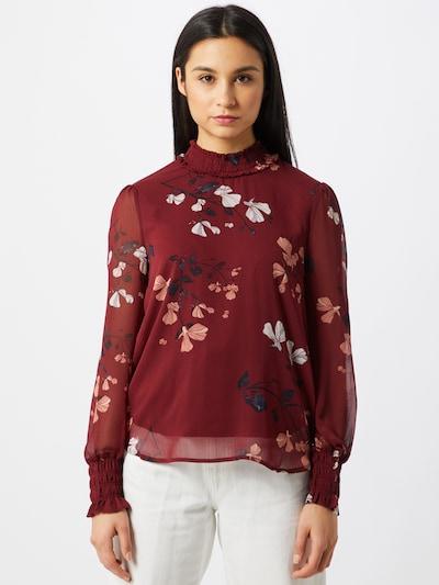 VERO MODA Blus 'Milla' i röd / vit, På modell