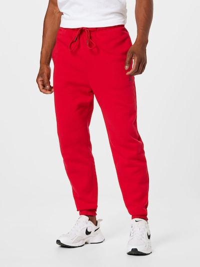 Pantaloni 'M J ESS FLC PANT' Jordan pe roșu, Vizualizare model