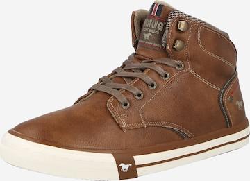 Sneaker alta di MUSTANG in marrone