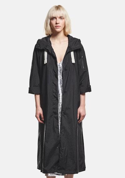 g-lab Raincoat 'Joyce' in Black, View model