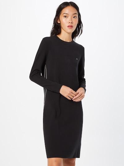 Rochie tricotat Calvin Klein pe negru / alb, Vizualizare model
