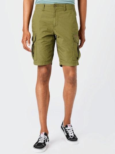 NAPAPIJRI Pantalon cargo 'NOTO' en olive, Vue avec modèle