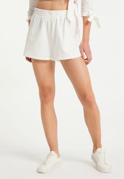 MYMO Shorts in weiß, Modelansicht