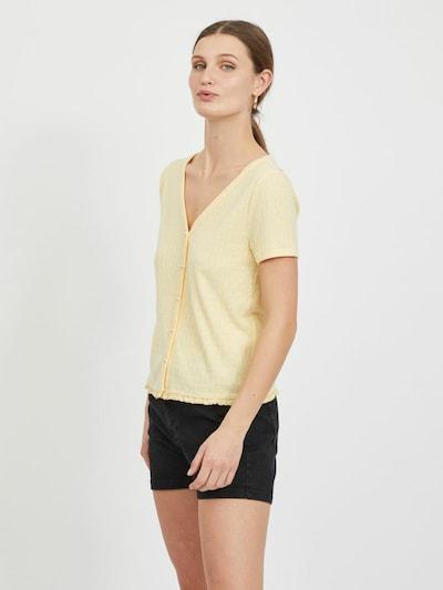 VILA Strickjacke in pastellgelb, Modelansicht