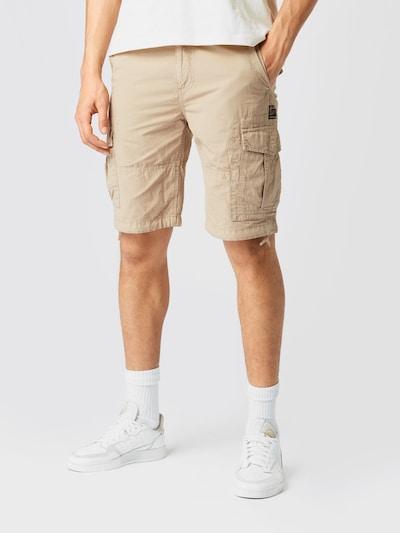Pantaloni cu buzunare 'PARACHUTE CARGO SHORT' Superdry pe bej, Vizualizare model