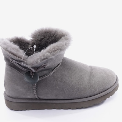 UGG Dress Boots in 41 in Grey, Item view