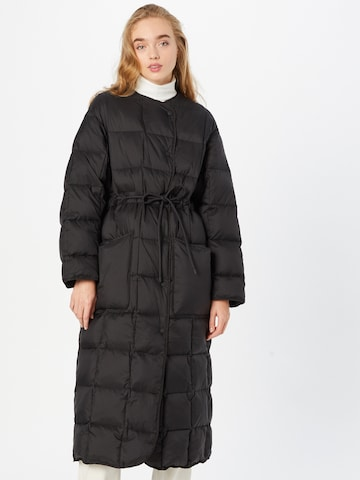 RAIINE Winter Coat in Black