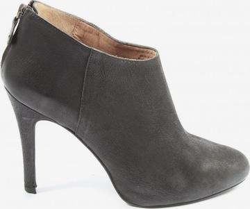 Massimo Dutti Dress Boots in 39 in Black