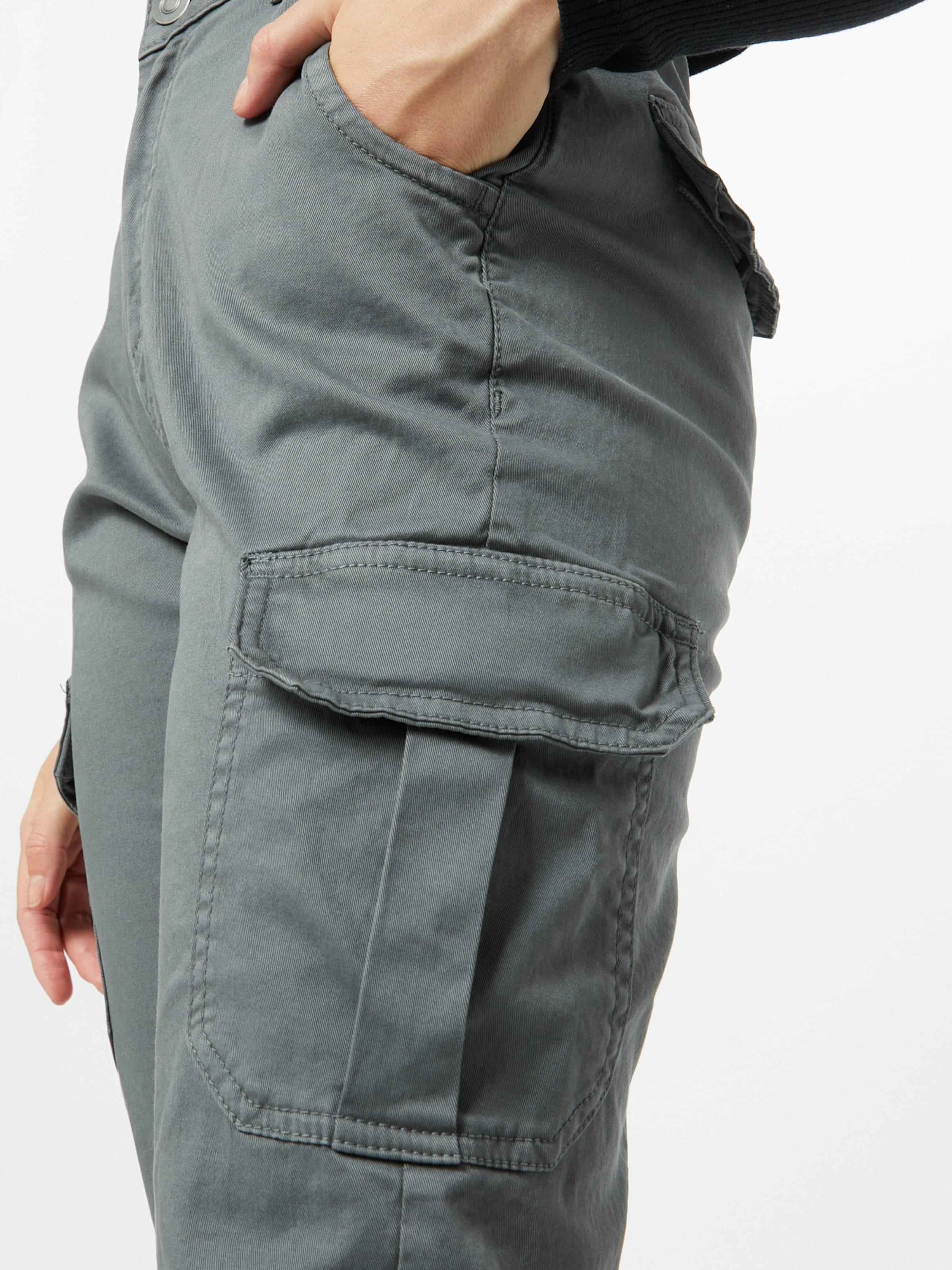 Urban Classics Cargo nadrágok világosszürke színben