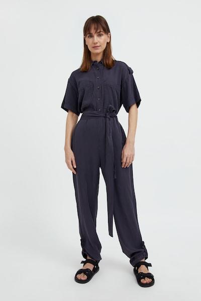 Finn Flare Jumpsuit in de kleur Donkergrijs, Modelweergave