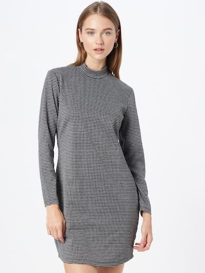 Rochie 'Ina' ONLY pe negru / alb, Vizualizare model