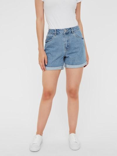 VERO MODA Jeans 'NINETEEN' in de kleur Blauw denim, Modelweergave