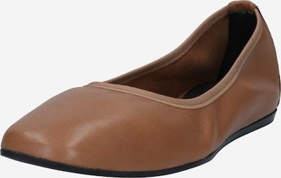 Filippa K Bailarina 'Rey' en marrón, Vista del producto