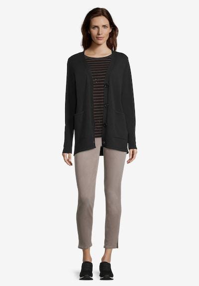 Betty Barclay Casual-Strickjacke mit V-Ausschnitt in schwarz, Modelansicht