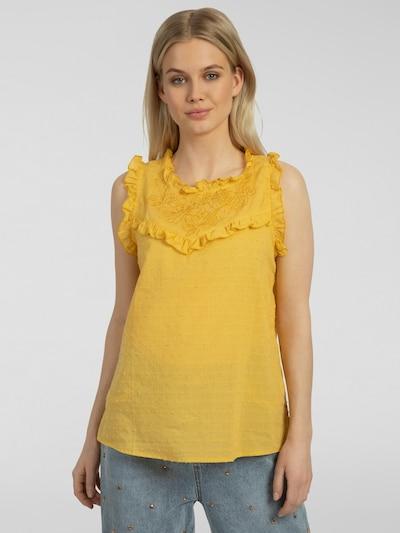 APART Bluse mit eingewebten Pünktchen in senf, Modelansicht