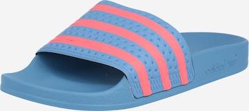ADIDAS ORIGINALS Klapki 'Adilette' w kolorze niebieski