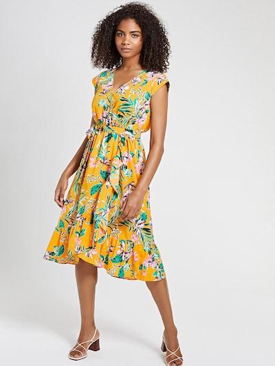 Shiwi Kleid in grün / flieder / hellorange / rosa, Modelansicht