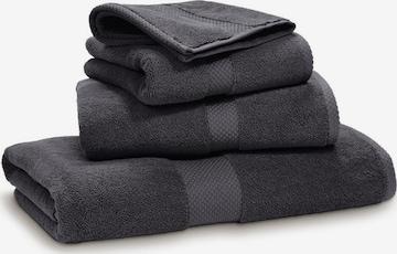 Ralph Lauren Home Towel 'AVENUE' in Grey