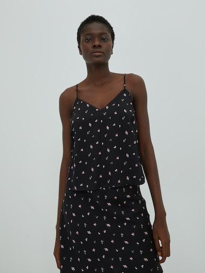 EDITED Blouse 'Blake' in de kleur Zwart, Modelweergave