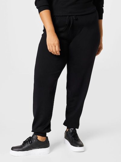 Vero Moda Curve Hose 'EDITH' in schwarz, Modelansicht