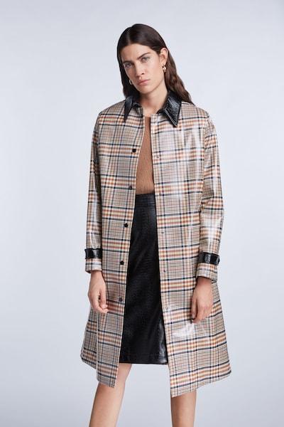 SET Mantel in beige / hellbraun / rot / schwarz, Modelansicht