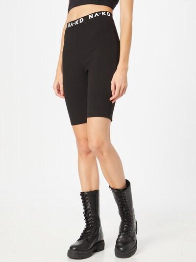 NA-KD Shorts in schwarz / weiß, Modelansicht