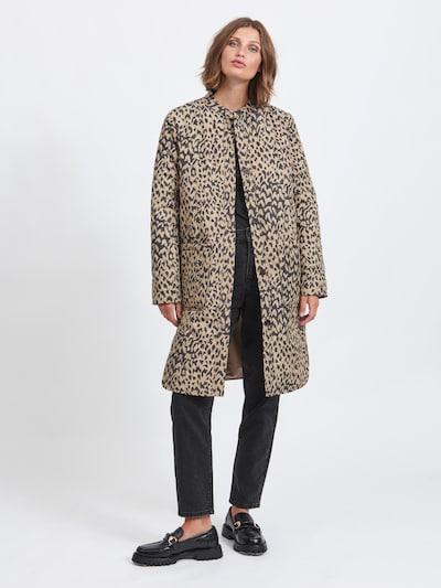 VILA Mantel in hellbraun / schwarz, Modelansicht