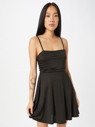 NA-KD Cocktailjurk 'Gathered' in de kleur Zwart, Modelweergave