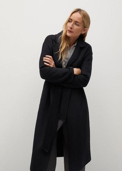 MANGO Manteau mi-saison 'Batin' en noir, Vue avec modèle