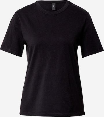 Tricou 'Sarita' de la Y.A.S pe negru