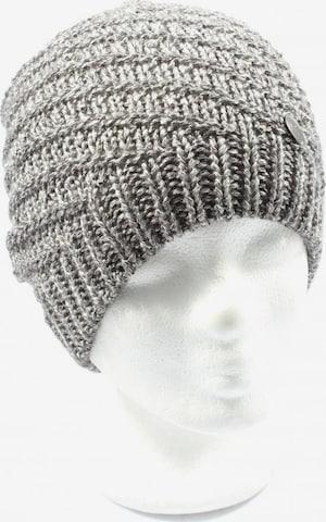 OPUS Hat & Cap in XS-XL in Silver