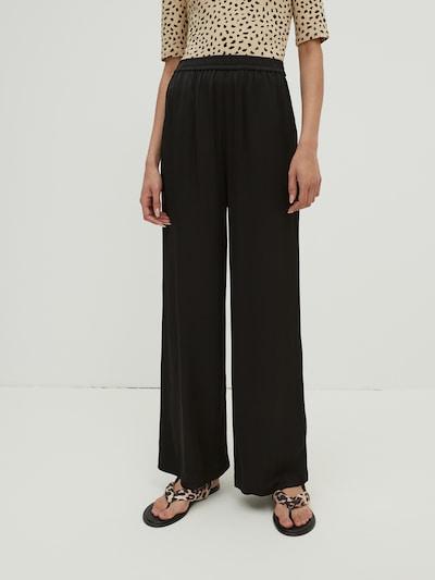 EDITED Hose 'Izabella' in schwarz, Modelansicht