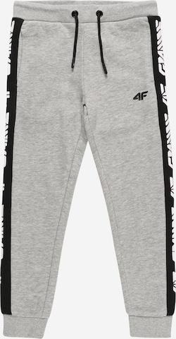 4F Sportbyxa i grå