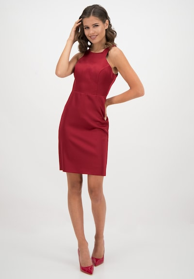 Prestije Neckholder-Minikleid in rot, Modelansicht