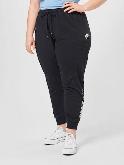 Pantaloni Nike Sportswear di colore nero / bianco, Visualizzazione modelli