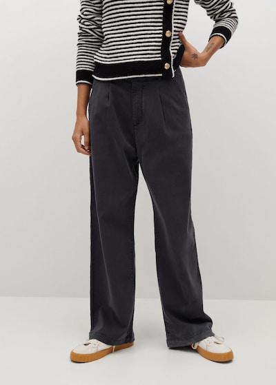 MANGO Bandplooibroek 'Filippo' in de kleur Zwart, Modelweergave