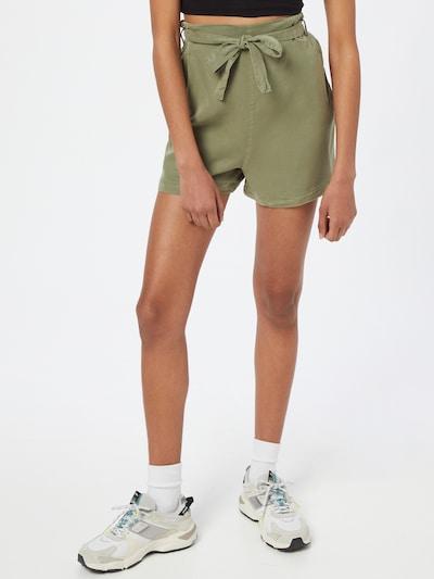Trendyol Shorts in khaki, Modelansicht