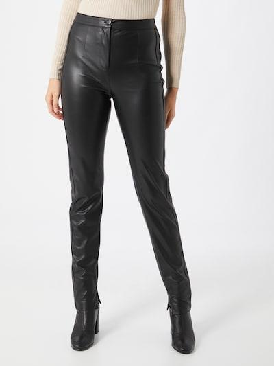 PATRIZIA PEPE Pantalón en negro, Vista del modelo