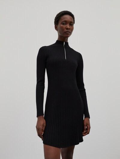 Rochie 'Karoline' EDITED pe negru, Vizualizare model